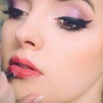 Lippen und Haut aufspritzen ohne Nadel