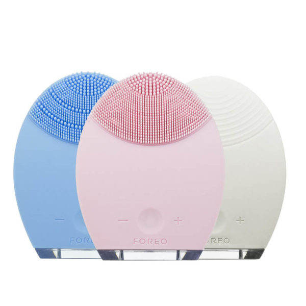 Elektrische Gesichtsmassagebürste Foreo - lila, Pulsmassage - Haut Tiefenreinigung für Frauen